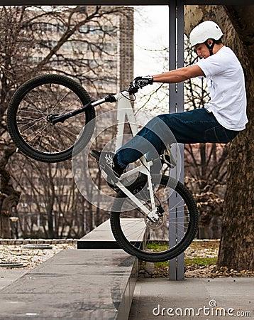 Urban bike trick
