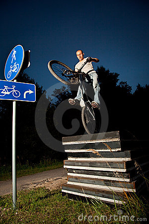 Urban freestyle trial bicycle rider