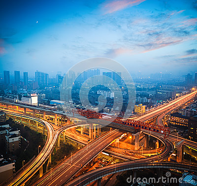 Free Urban Overpass At Dusk Royalty Free Stock Photography - 28546197