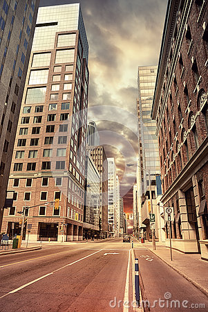 Free Urban Scene Street View In The Morning Stock Images - 77607574