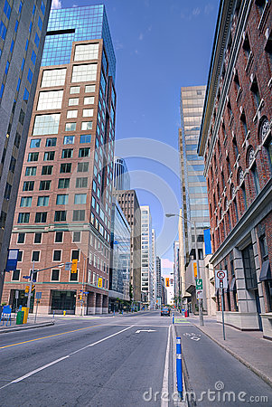 Free Urban Scene Street View In The Morning Royalty Free Stock Image - 78533406