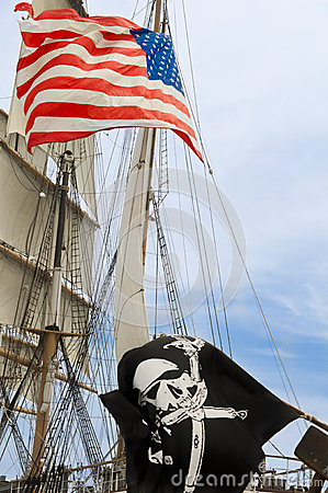 Free US And Black Flag On Sailer Royalty Free Stock Photography - 30425867