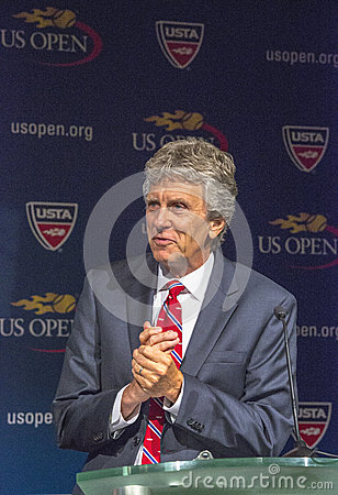 US Open referee Brian Earley at the 2013 US Open Draw Ceremony i Editorial Stock Image
