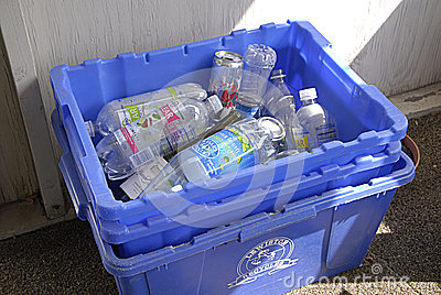 USA_household waste Editorial Stock Photo