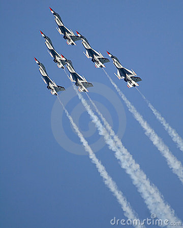 Free USAF Thunderbirds Royalty Free Stock Photography - 2428717