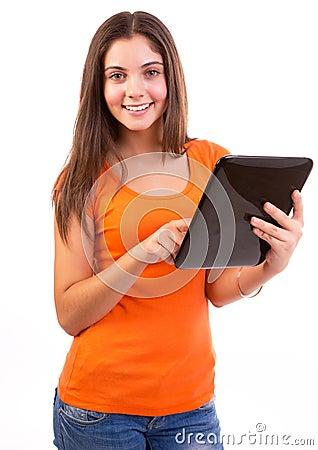 Utilisant l ordinateur ou l iPad de tablette