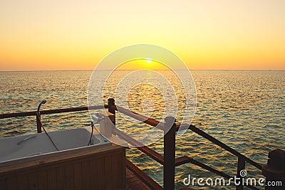 Utomhus- Badkar I Vattenvillan, Maldiverna Royaltyfria Foton ...