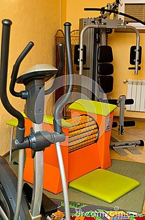 Utrustning i den home idrottshallen