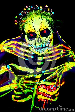 Free UV Body Art Painting Of Helloween Female Skeleton Royalty Free Stock Images - 129898059