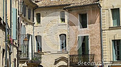 Uzes (França), casas