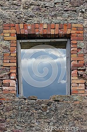 Vägg för stonework för masonryspillror förstörd lantlig