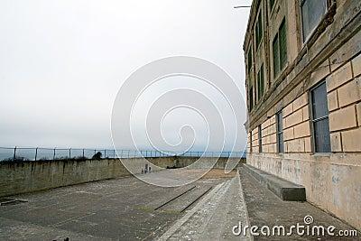 Öva gården på Alcatraz