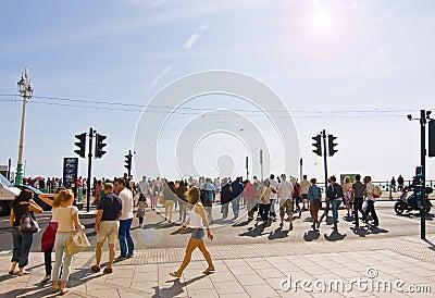Vacances de côté à Brighton Image éditorial