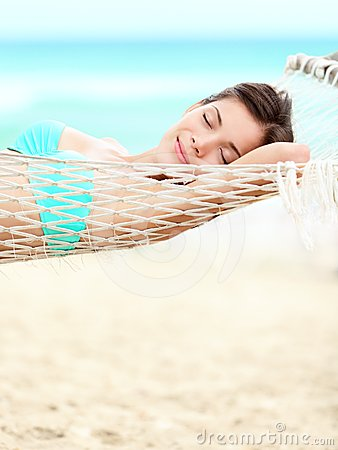 Free Vacation Woman Relaxing On Beach Royalty Free Stock Images - 24523879