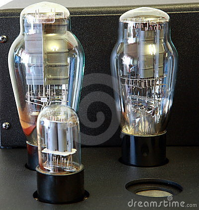 Free Vacuum Tube Amplifier Stock Photos - 7445963