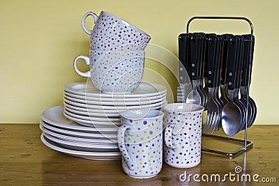 Vaisselle de cuisine lavée