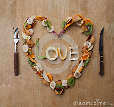 Free Valentine S Day Meal! Fruity Heart! Fresh Dessert!5-A-Day! Royalty Free Stock Photos - 28886678