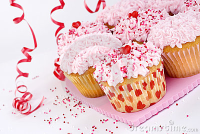 Valentines cupcakes with sprinkles