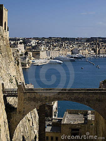 Free Valletta Ditch And Bridge Stock Image - 8432191
