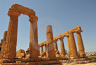 Valley of the temples in agrigento 2
