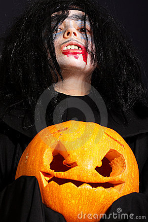 Vampire with pumpkin
