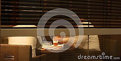 Van de bedrijfs nacht bespreking