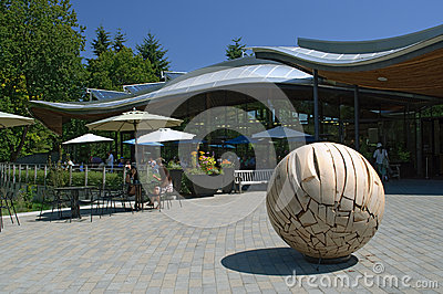 Van Dusen Botanical Gardens Sculpture Display Editorial Stock Image