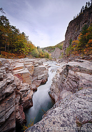 Vanchin river. Canyon 3
