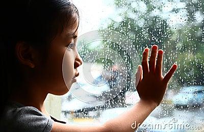 Vanessa and the rain