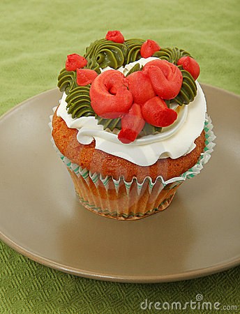 Vanilla Cupcake With Wreath On Frosting