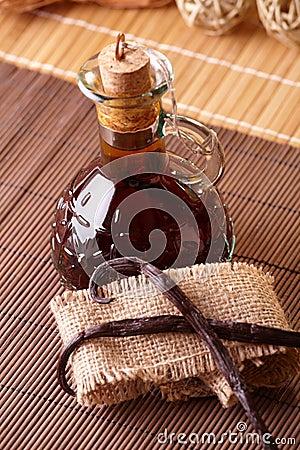 Free Vanilla Extract Stock Images - 12891564