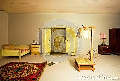 Vardagsrum Retro : Tom retro vardagsrum royaltyfria foton bild