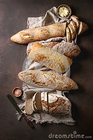 Free Variety Of Artisan Bread Royalty Free Stock Images - 112270739