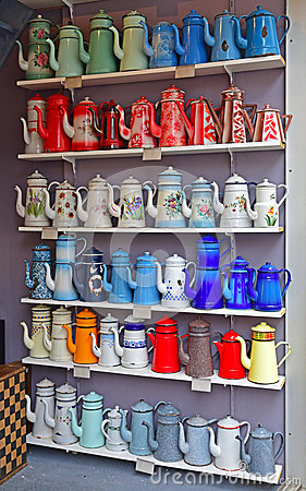 Free Various Design And Color Of Used Vintage Tall Enamelware Teapot Royalty Free Stock Photos - 48285538