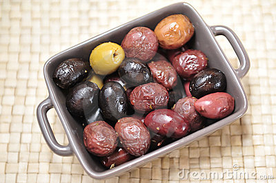 Various types of olives