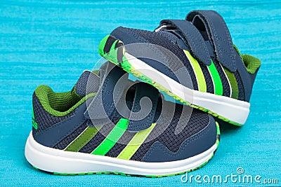 Chaussure Tir De chaussures Sportif Adidas chaussure Pistolet rdoxBeQCW