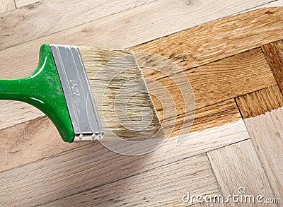 Varnish brush