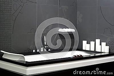 Vasca da bagno nera immagini stock immagine 5649384 - Vasca da bagno nera ...