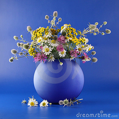 Vase with bouquet