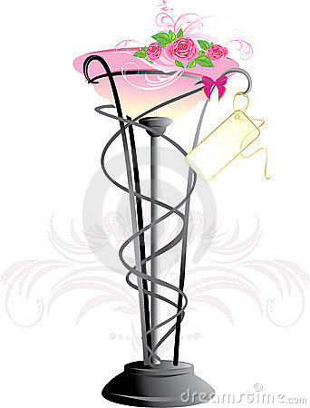 Vase with bouquet of pink roses