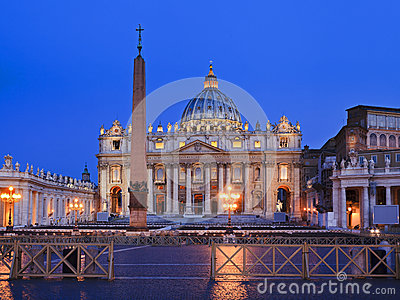 Vatican Basilica 02 Rise