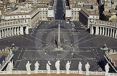 Vatican - St. Peters Square - Rome - Italy Editorial Photography