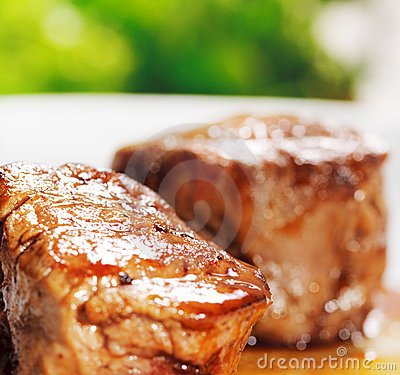 Free Veal Medallions Royalty Free Stock Image - 8497046