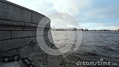 Vecchia banchina del granito stock footage