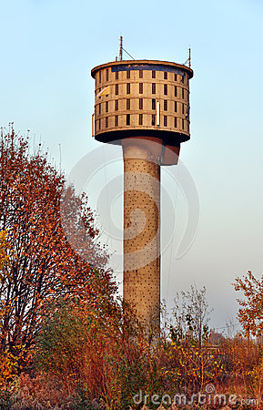 Vecchia torre di acqua