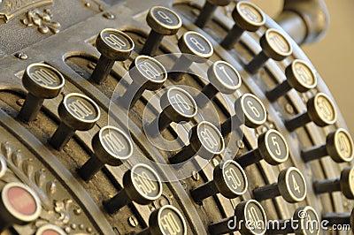 Vecchio registratore di cassa