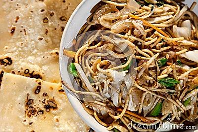 Veg noodles and butter naan