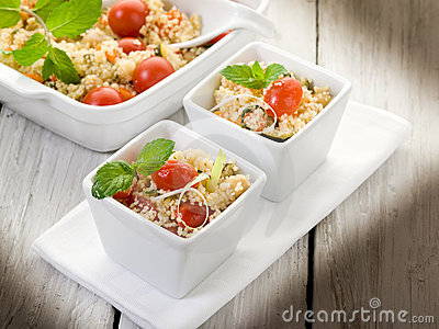 Vegetable couscous with tomatoes