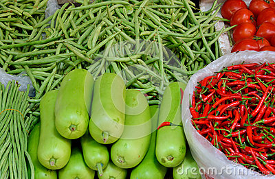 Vegetable in green and red