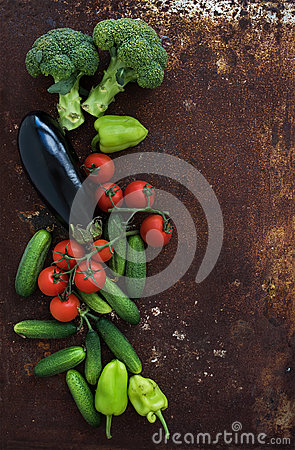 Free Vegetable Mix Of Garden Cherry Tomatoes, Cucumbers Royalty Free Stock Images - 60578589